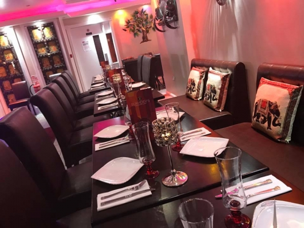 contemporary and authentic indian restaurant bar in the heart of southall