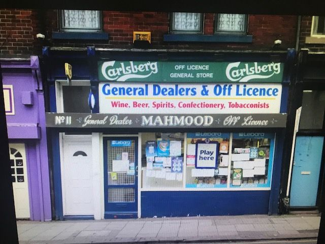 Freehold Off License for Sale with 4 bedroom Flat