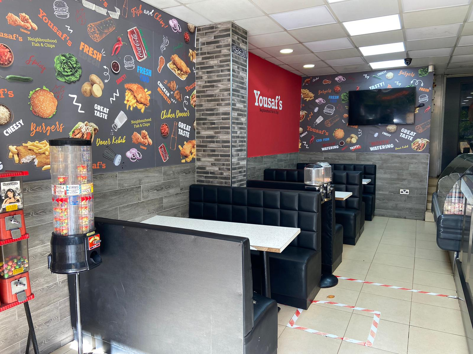 Well established Fish & Chip, Pizza & Kebab in Birmingham, West Midland with 5 Bedroom Upper Parts & Yard